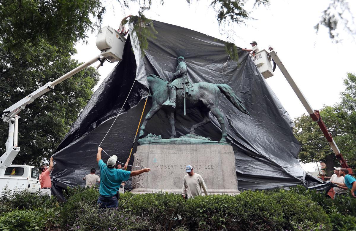 Lee statue tarp