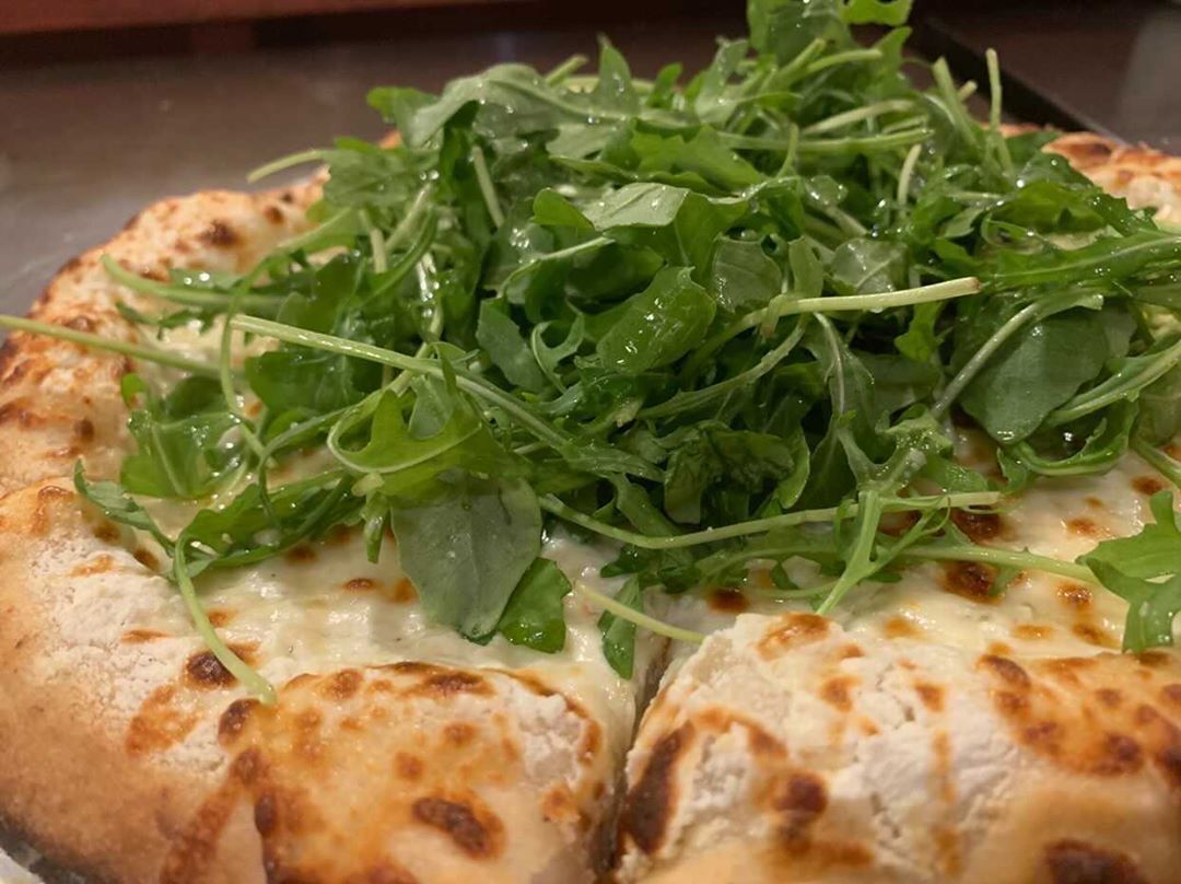 Anthony's on The Hill - White pizza (Anthony's on The Hill).JPG