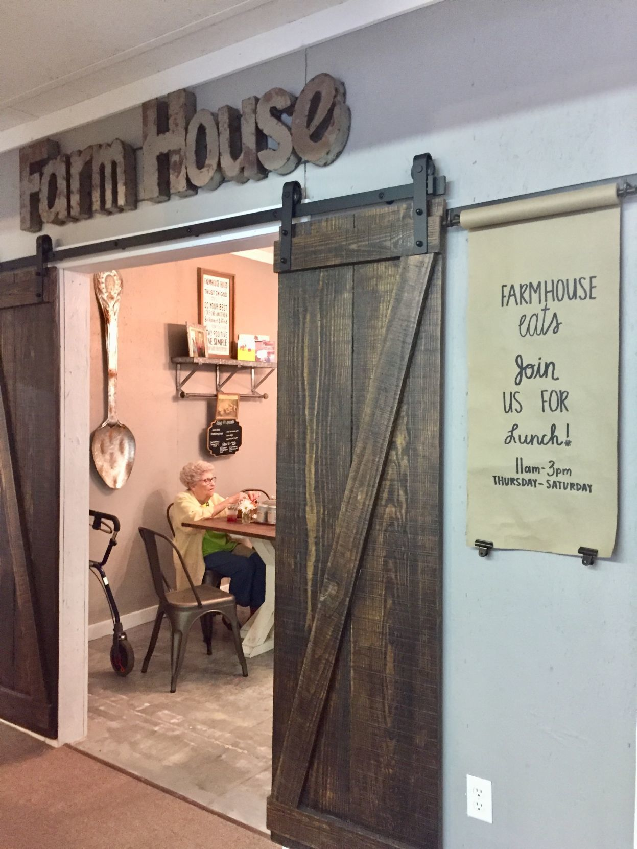 Farmhouse Eats Is A Small Cafe Inside Through The Garden Gates Antiques, A  Sprawling Antiques Shop Along U.S. 301 In Hanover County.