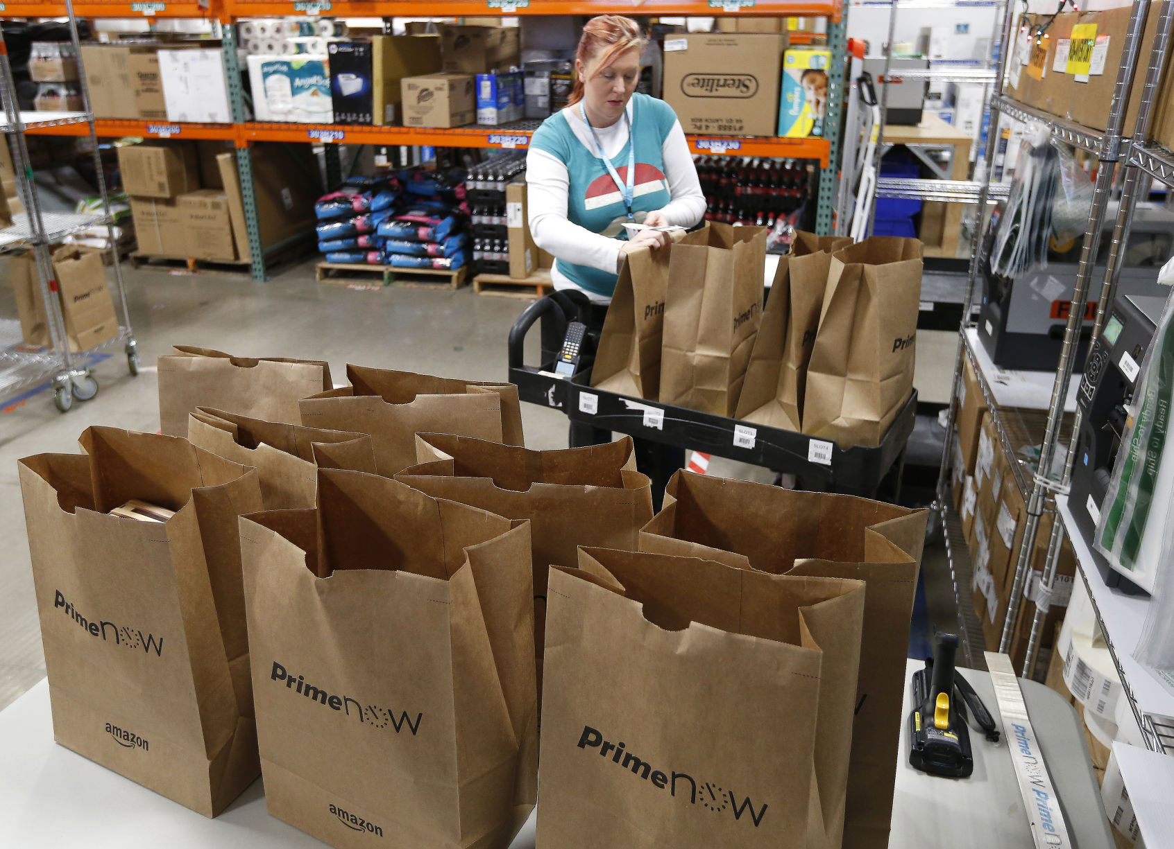 Amazon Prime Now Hub in Henrico delivering late on Christmas Eve ...
