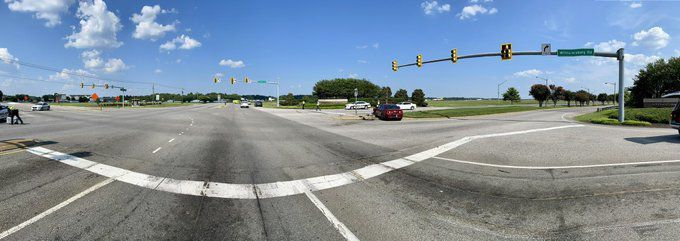 Intersection of Route 60/Williamsburg Road at Airport Drive