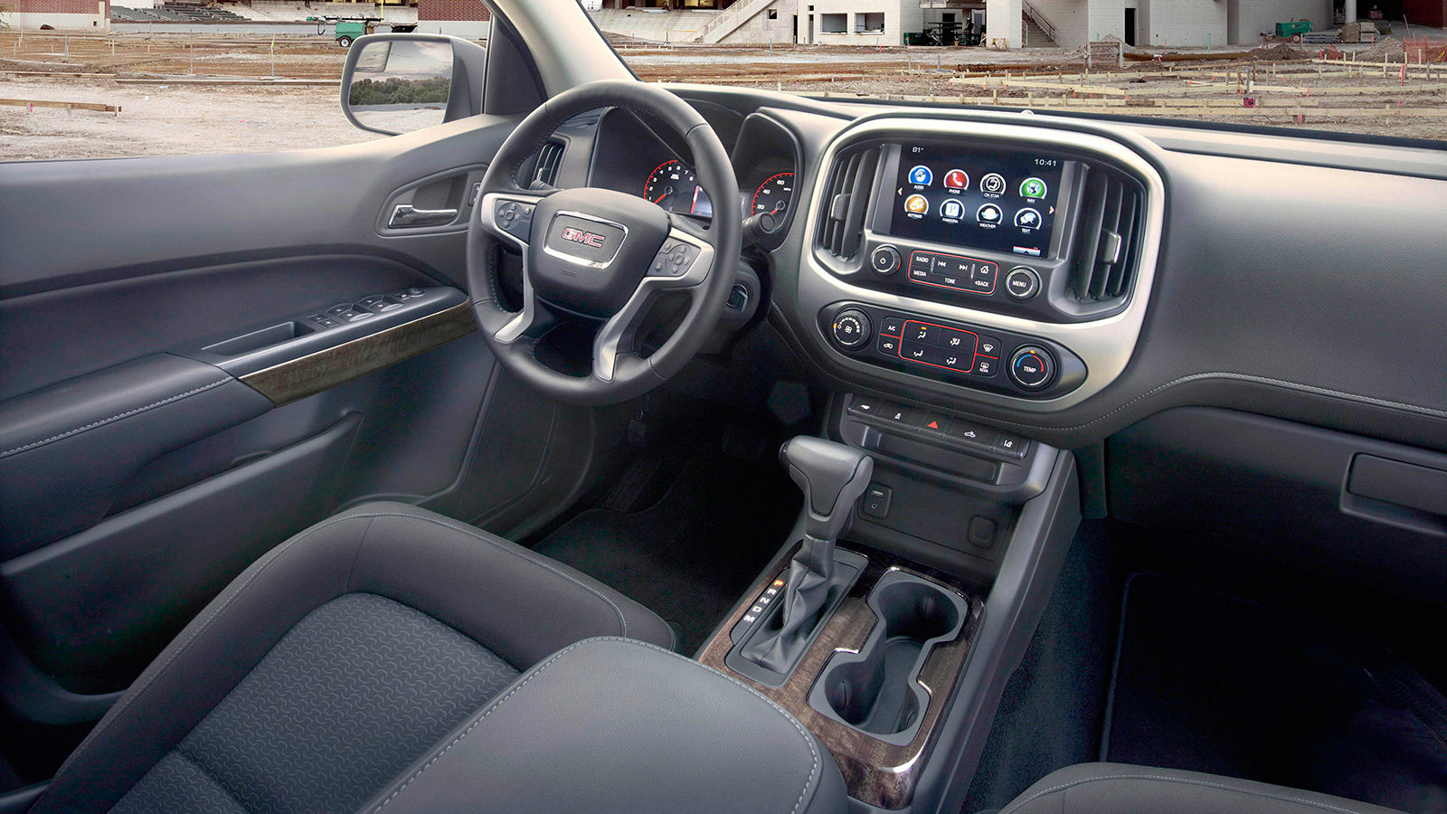 2018 GMC Canyon Crew Cab SLE Interior