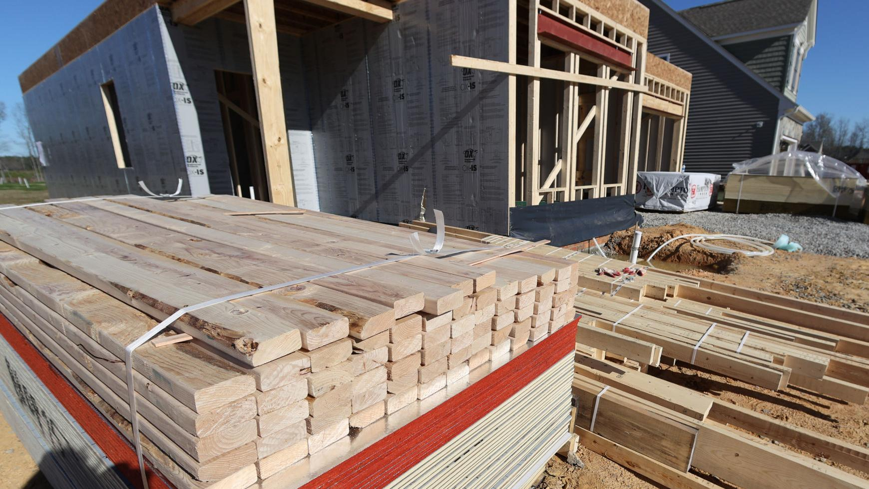 It S Been Crazy Pandemic Has Sent Lumber Prices Soaring Causing Home Construction Costs To Rise Amid Strong Demand Business News Richmond Com