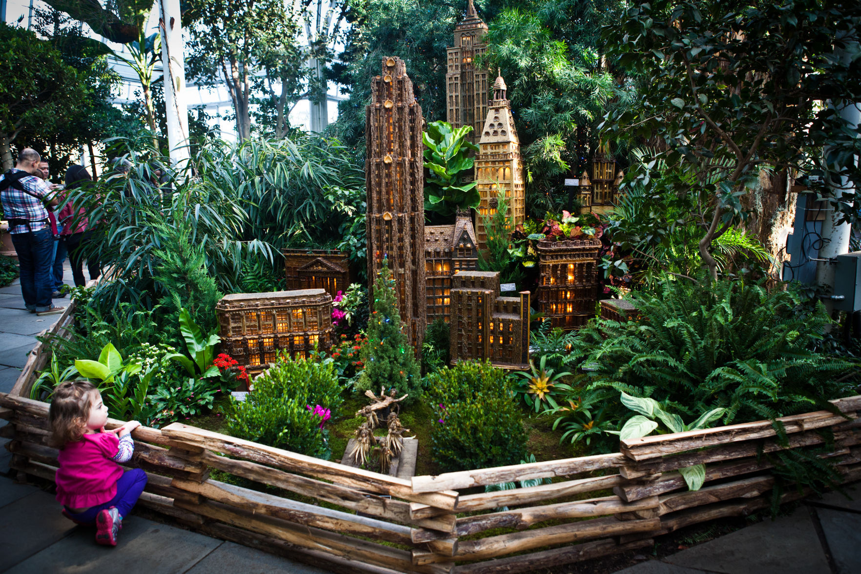At The New York Botanical Garden, A Fantabulous Holiday Display Of Model  Trains