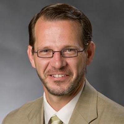 Ian Baucom