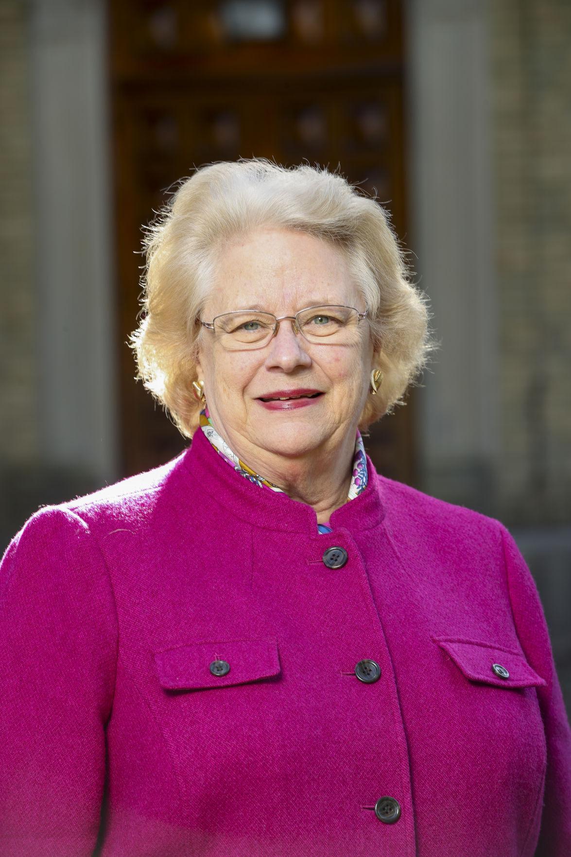 Kathleen Burke Barrett Headshot
