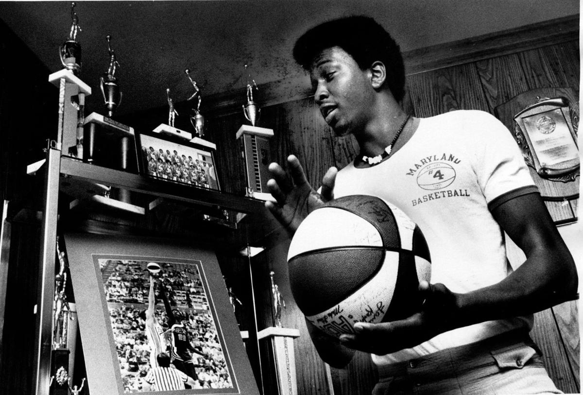 PHOTOS Moses Malone Sports