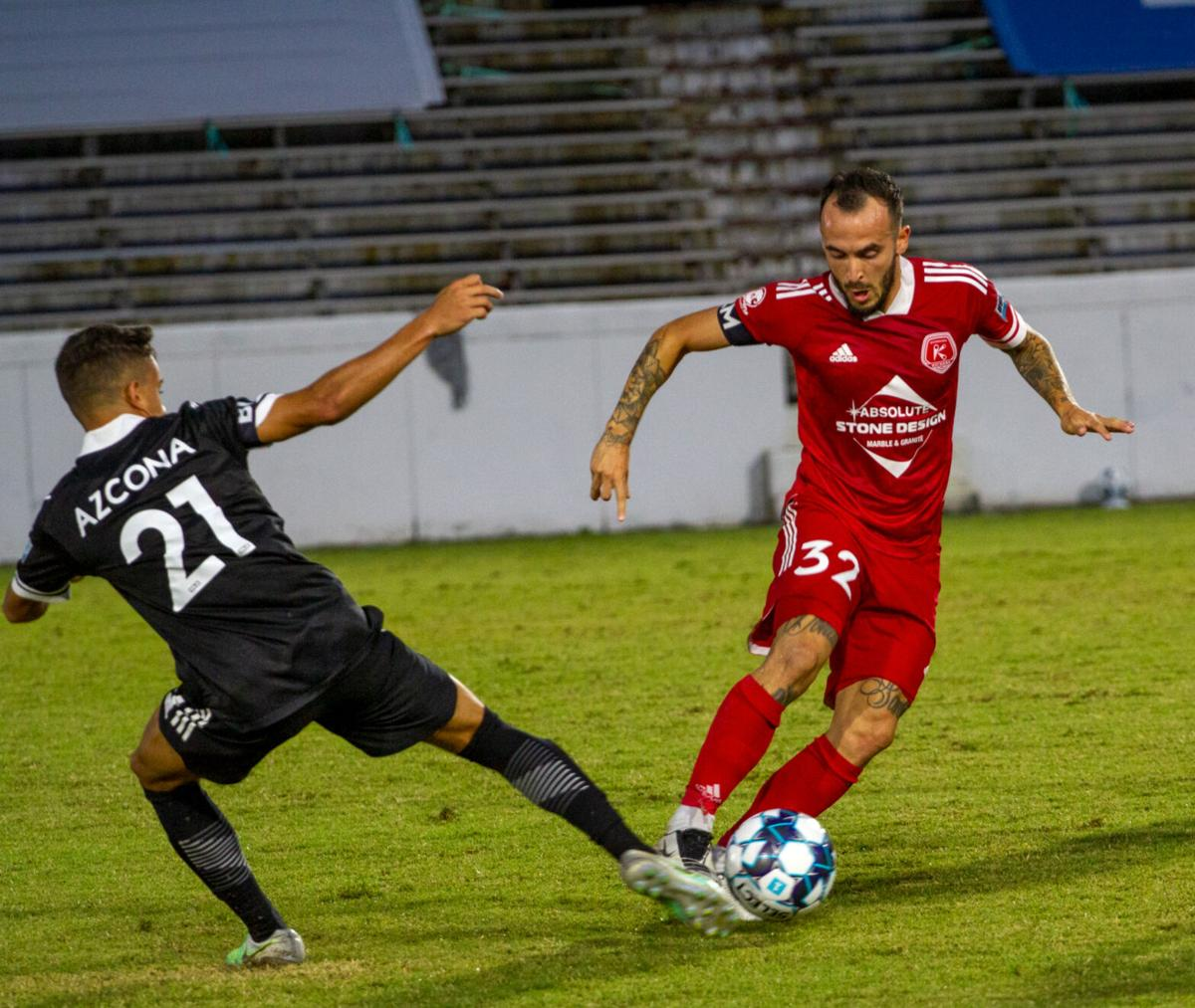 Fort Lauderdale at Richmond Kickers: Terzaghi wins a ball