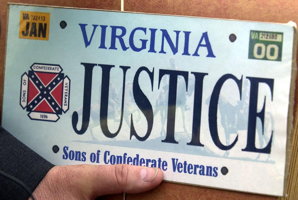 Mcauliffe orders confederate flag off virginia license for Department of motor vehicles richmond va