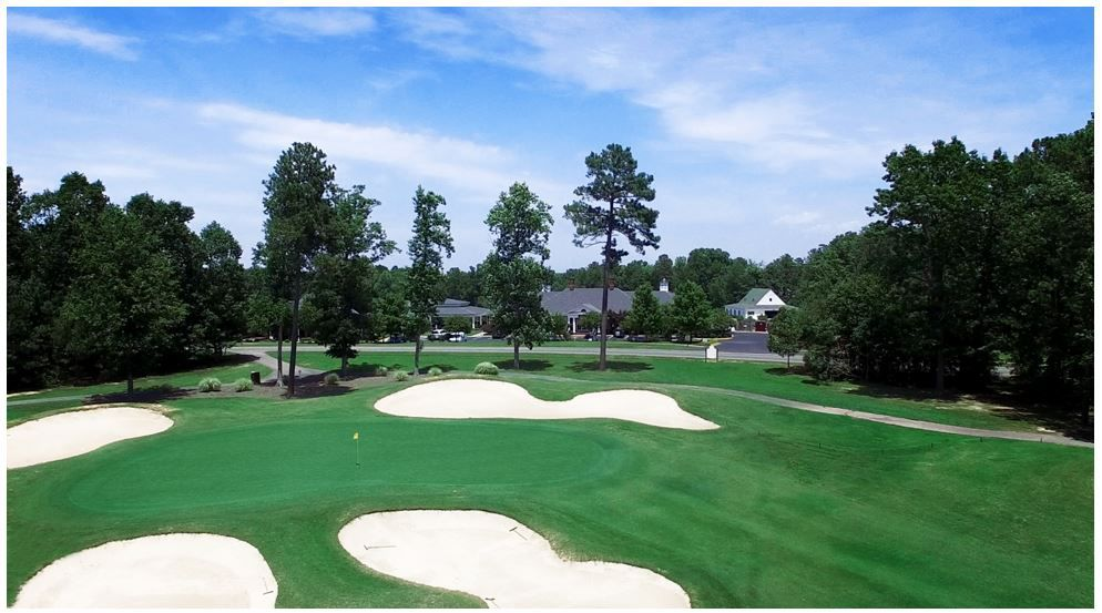 5 Top Reasons to Live in a Golf Course Community