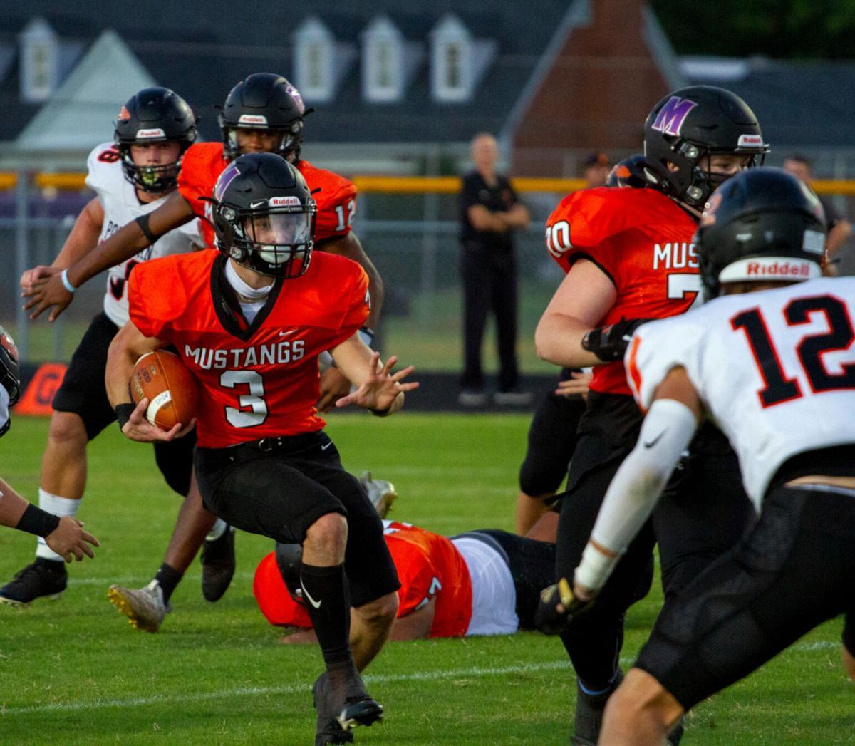 Powhatan at Mechanicsville football: Varner eyes opponent