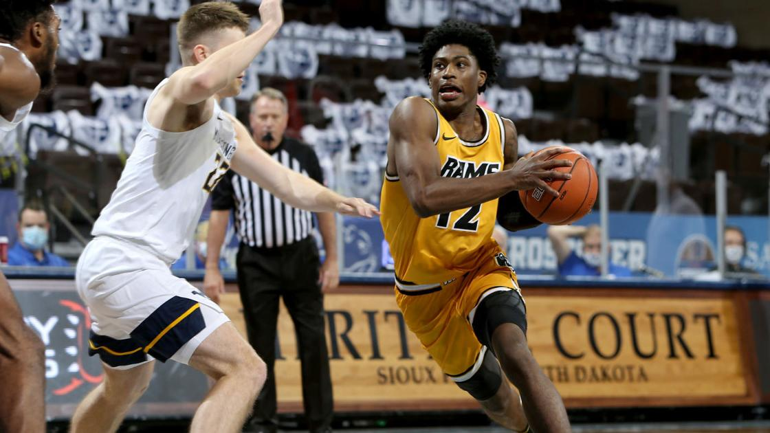 No. 15 West Virginia muscles its way to 78-66 victory over VCU