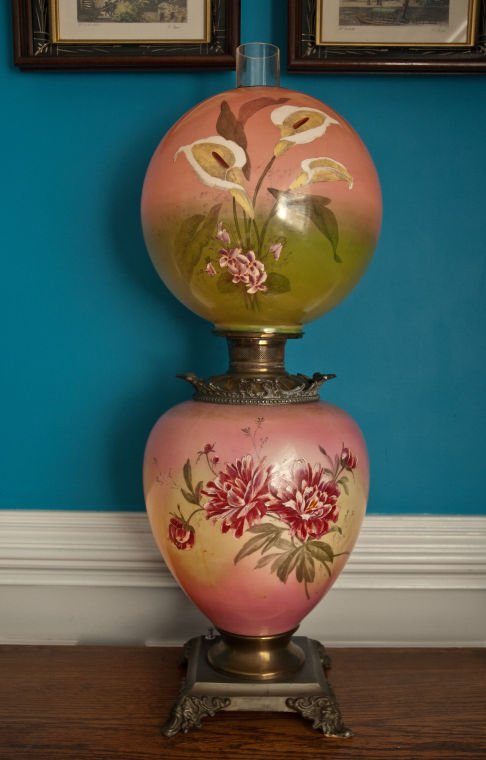 What's It Worth: 'Gone with the Wind' lamp, ivory carvings | Home