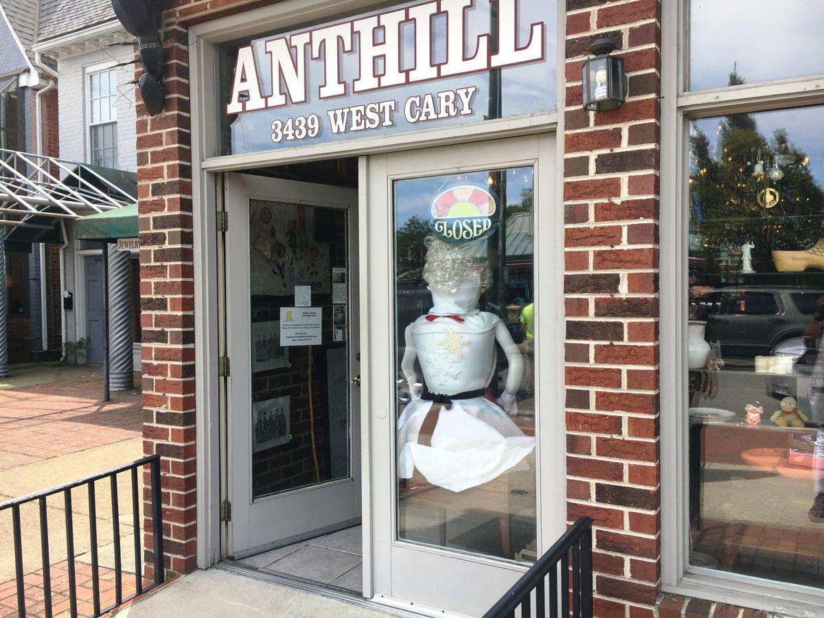 Anthill antiques merchandise on the auction block, buildings in ...