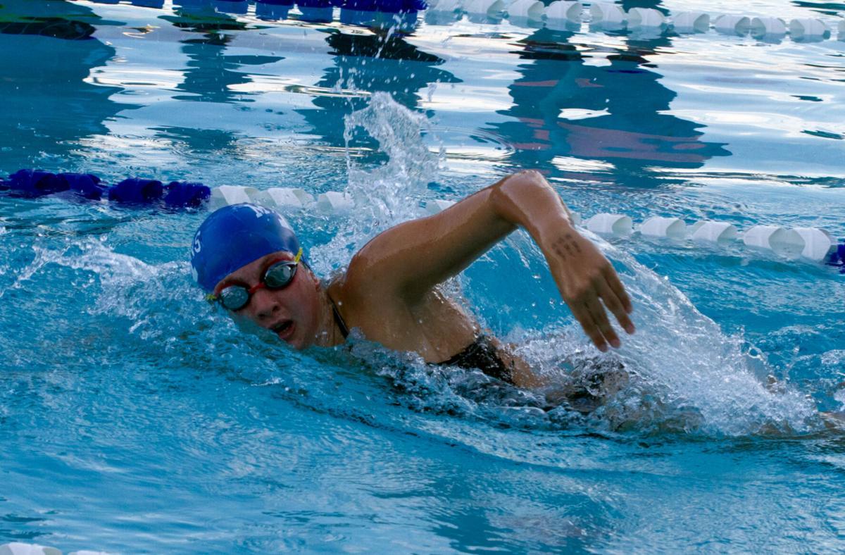 GRAL: Dillard swims to victory