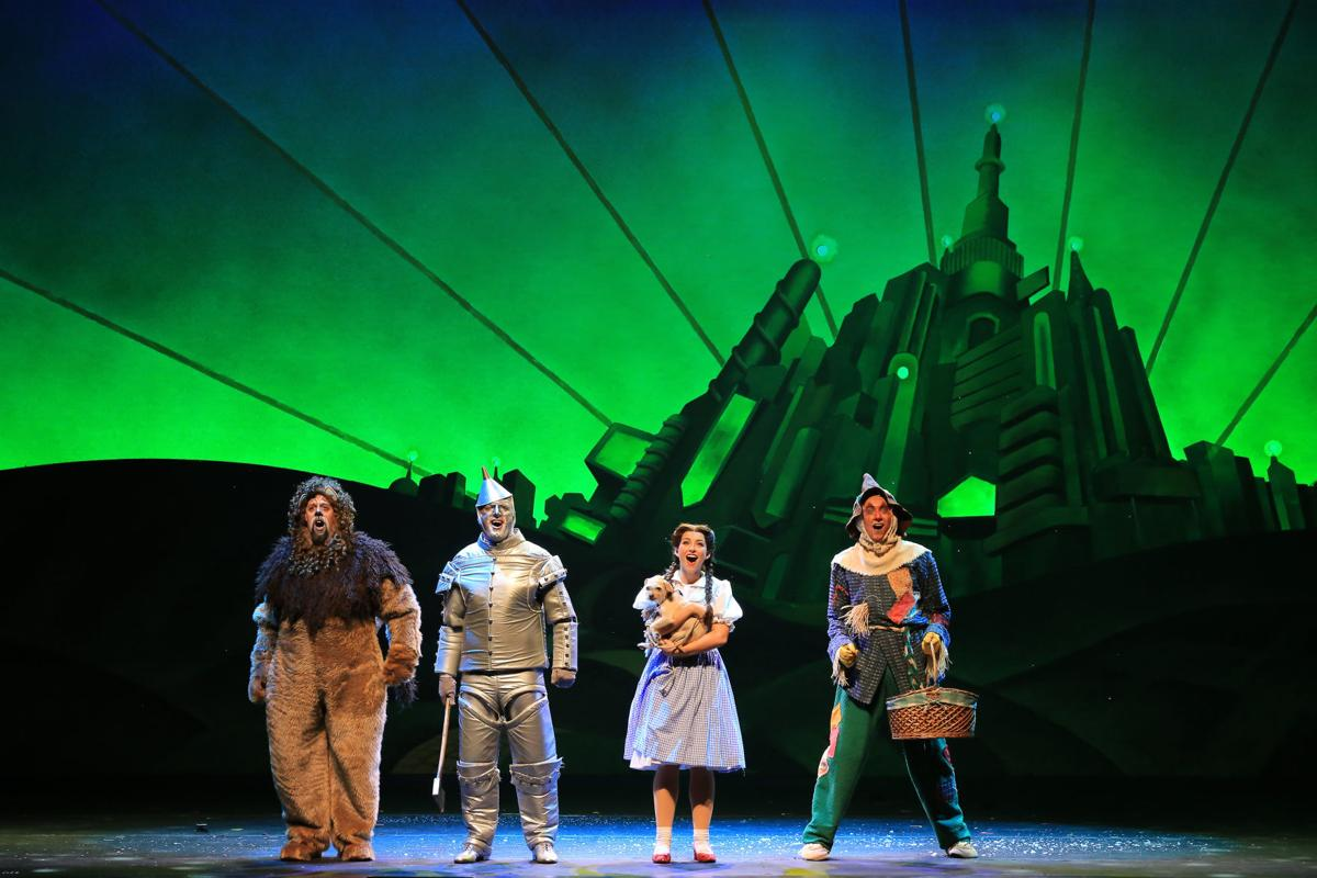 Wizard-of-Oz-National-Tour-Four-Friends-in-Oz.jpg