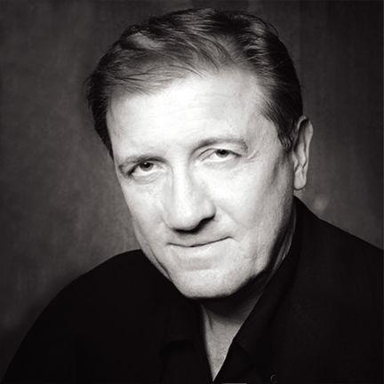 Michael Hallmark Headshot