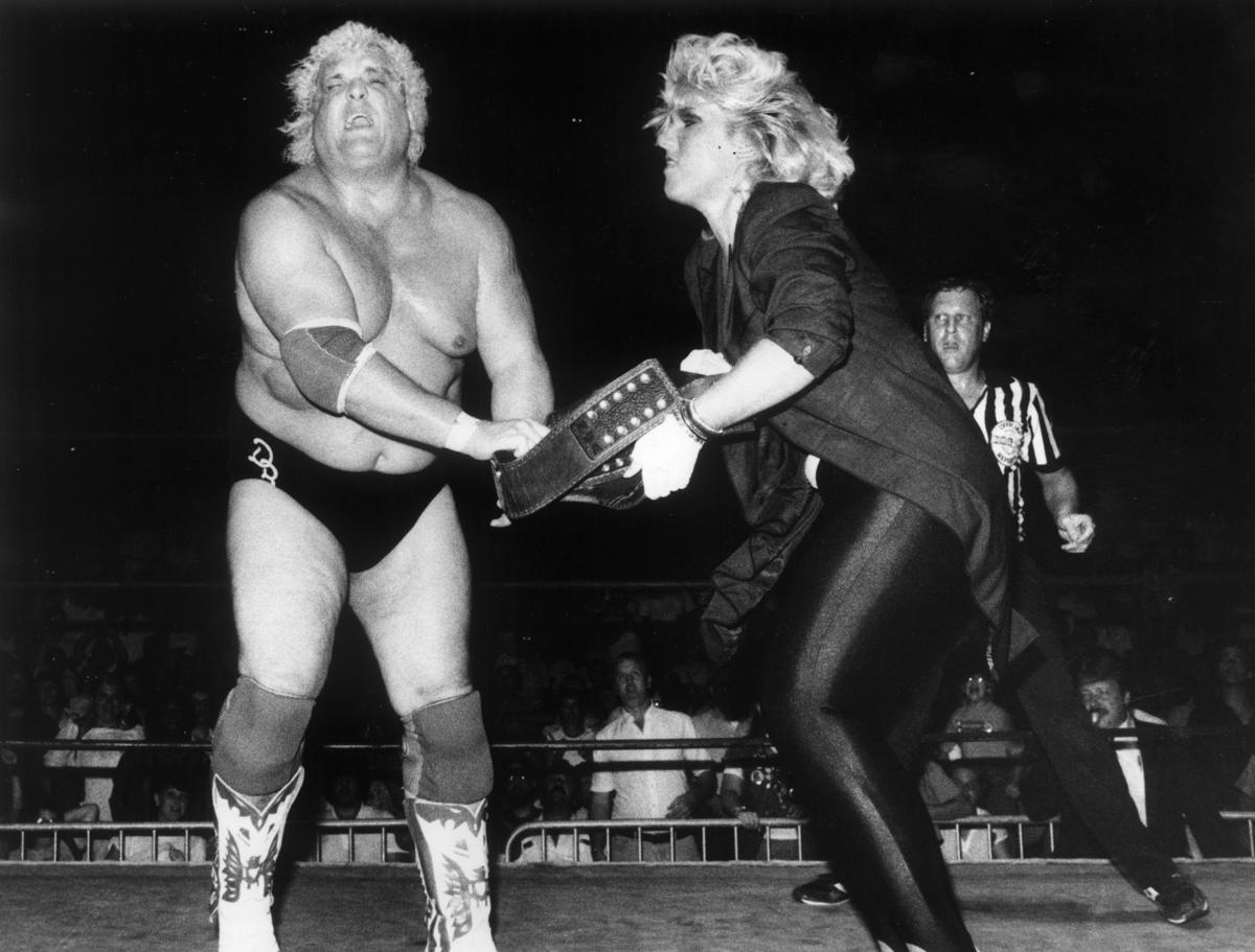 07-20-1985: Dusty Rhodes (left) and Baby Doll wrestlers, at Richmond  Coliseum.