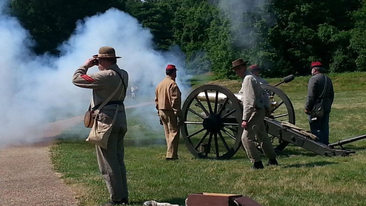 Artillery demos at Petersburg National Battlefield