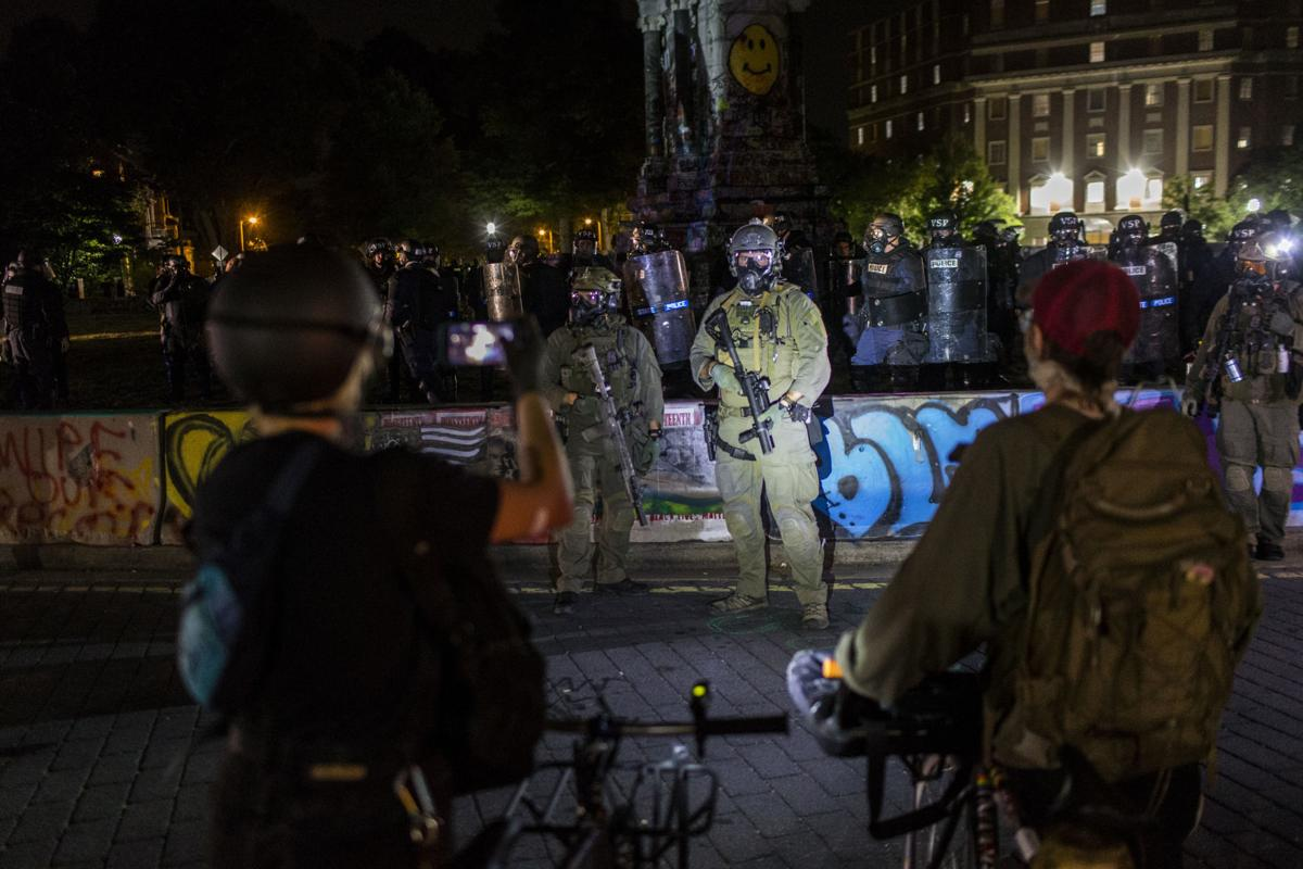 Protest at Lee Monument