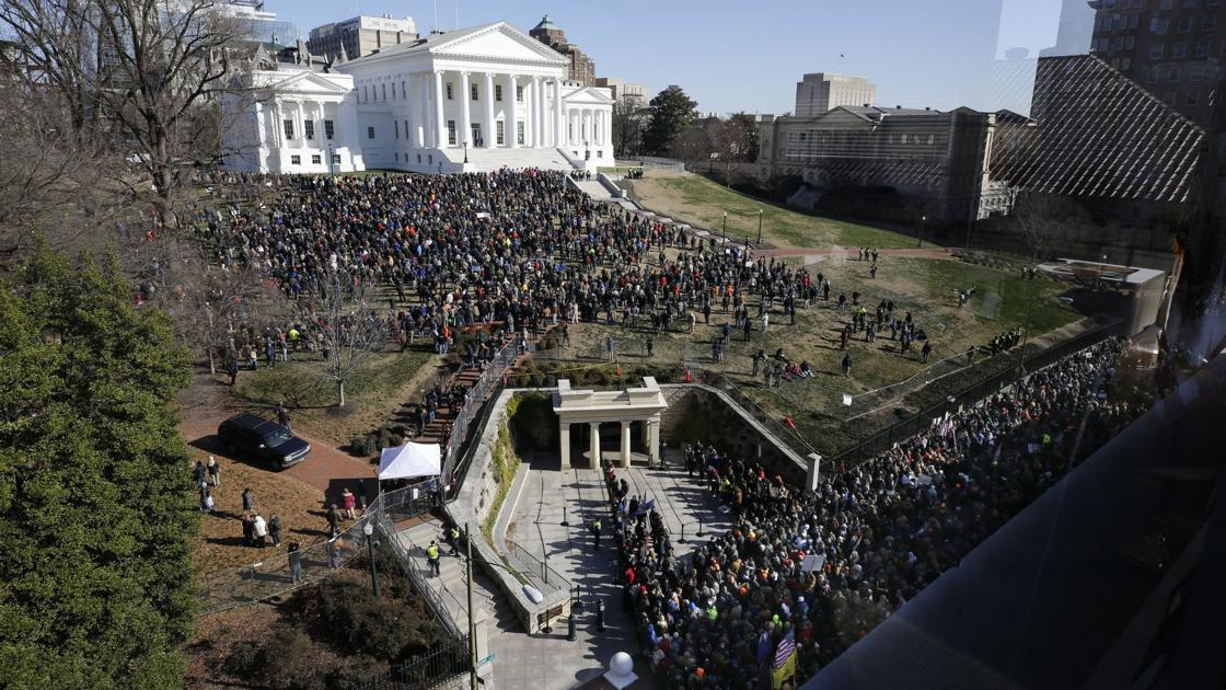 LIVE UPDATES: Gun-rights rally organizer: 'This is what happens when you threaten the rights of Americans'