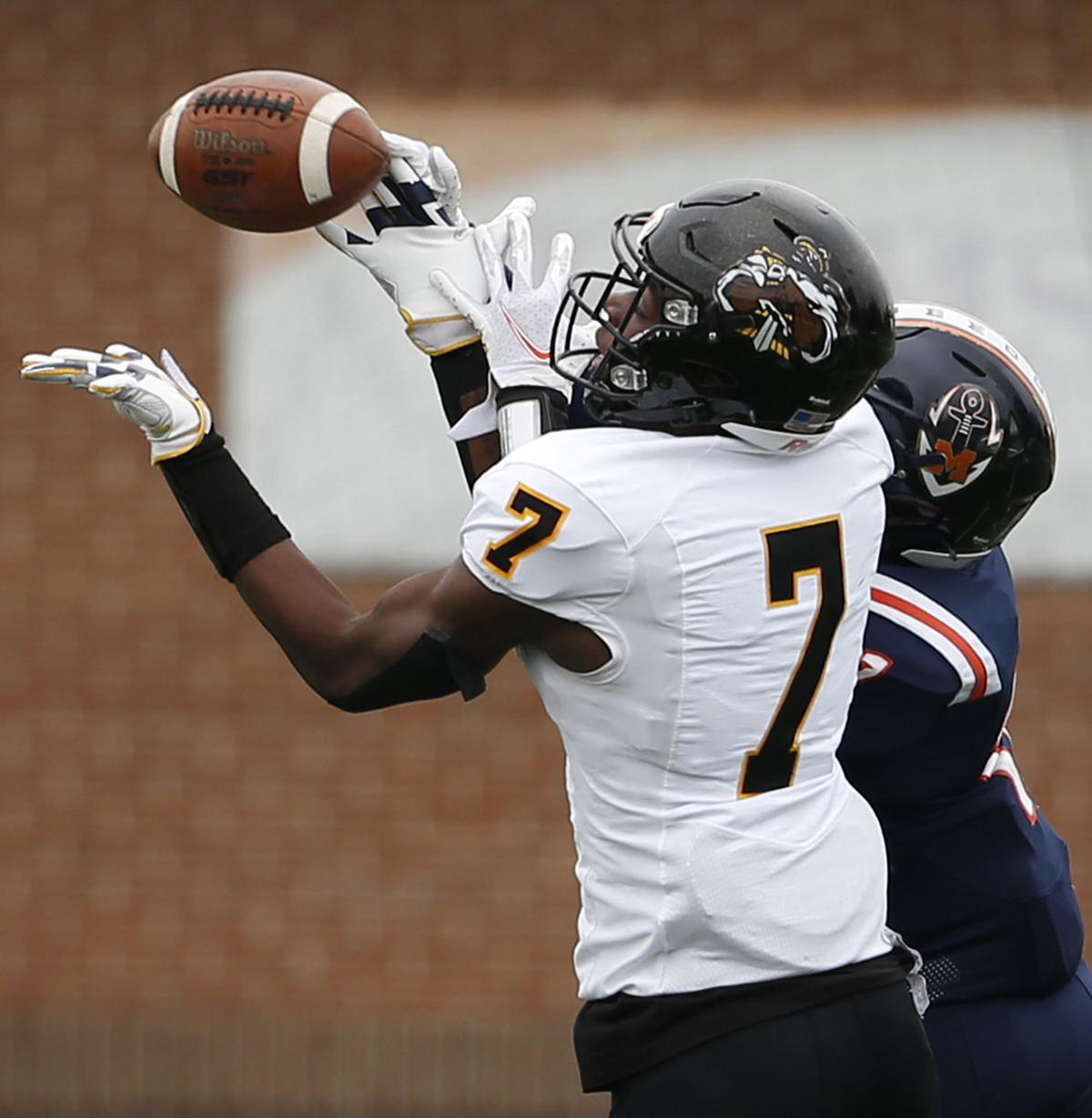 Maury vs. Highland Springs Class 5 state football semifinal