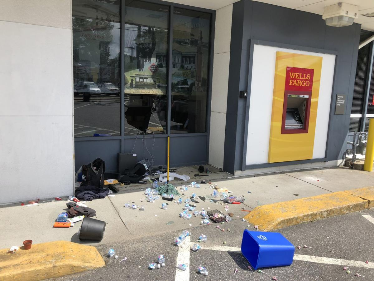 Break-in at Wells Fargo bank draws heavy police presence to Carytown ...