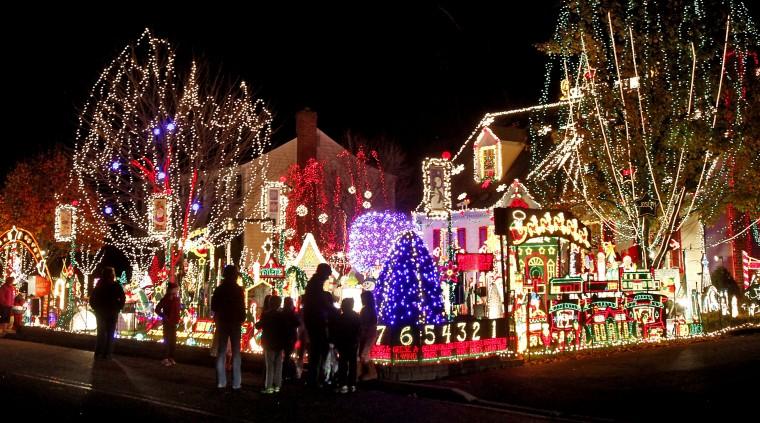"""Tacky Lights"" holiday lights tour | Entertainment | richmond.com - Tacky Lights"" Holiday Lights Tour Entertainment Richmond.com"