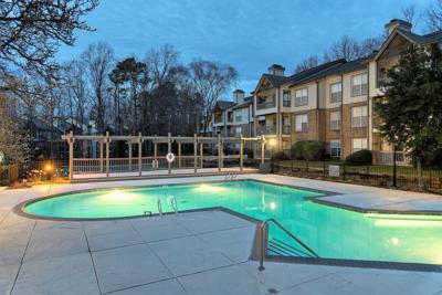 Hickory Creek Apartments