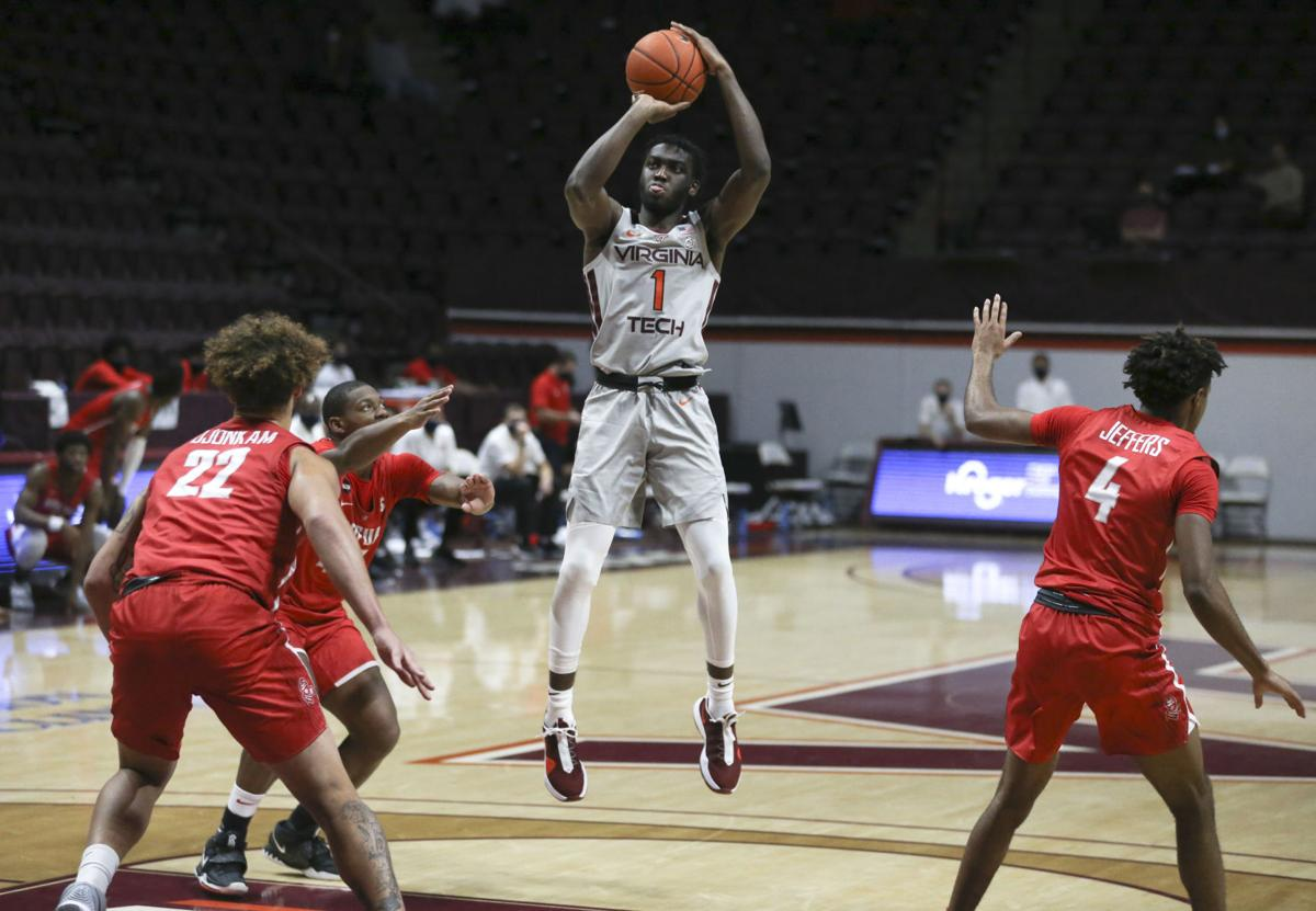 A Most Unusual Opener As Virginia Tech Wins Its First Basketball Game Of The Pandemic College Sports Richmond Com