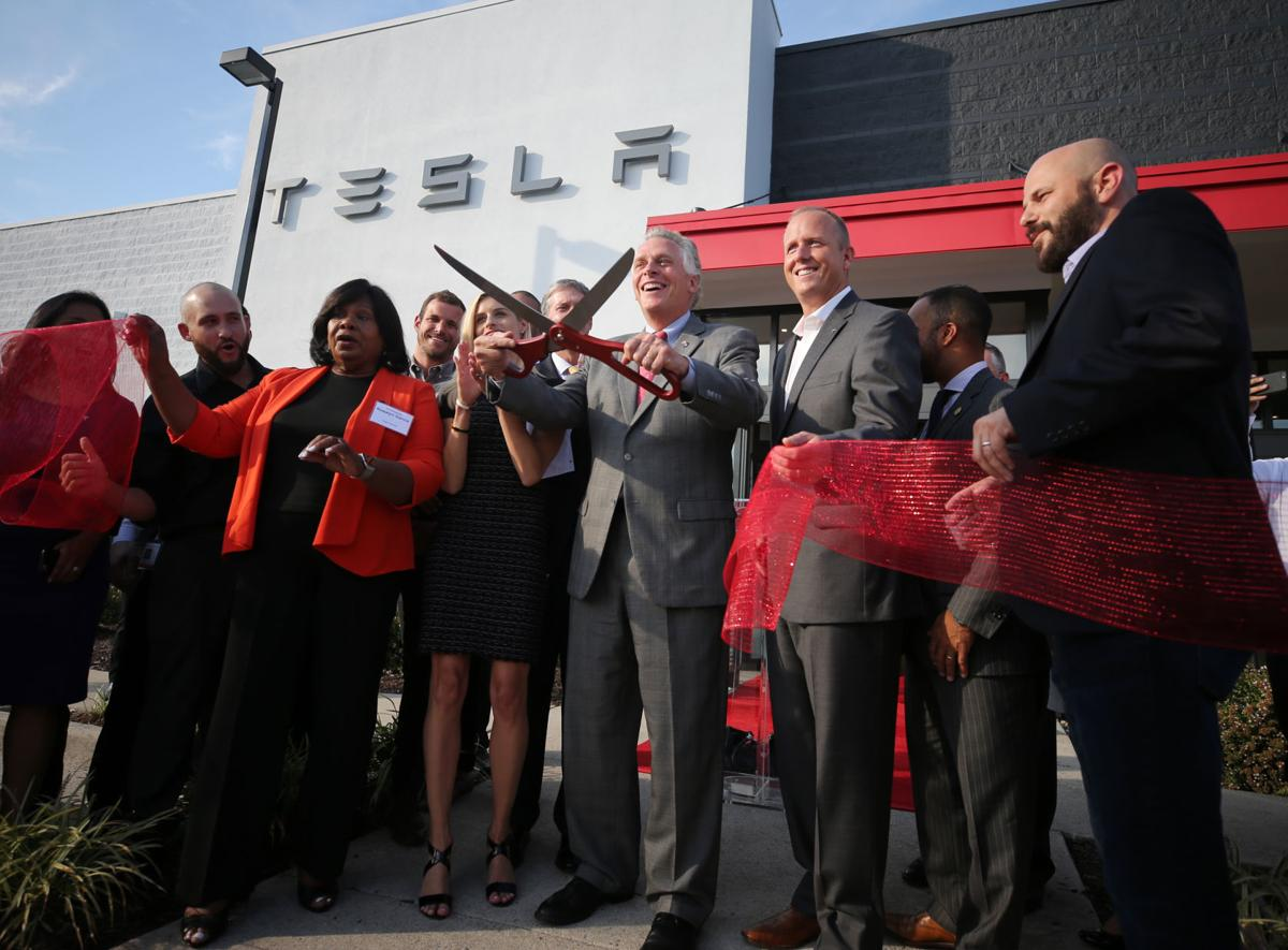 tesla opening store in henrico friday morning mcauliffe says no question that they ought to be able to sell their cars here business news richmond com tesla opening store in henrico friday