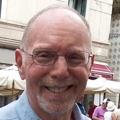Ken Olshansky Headshot