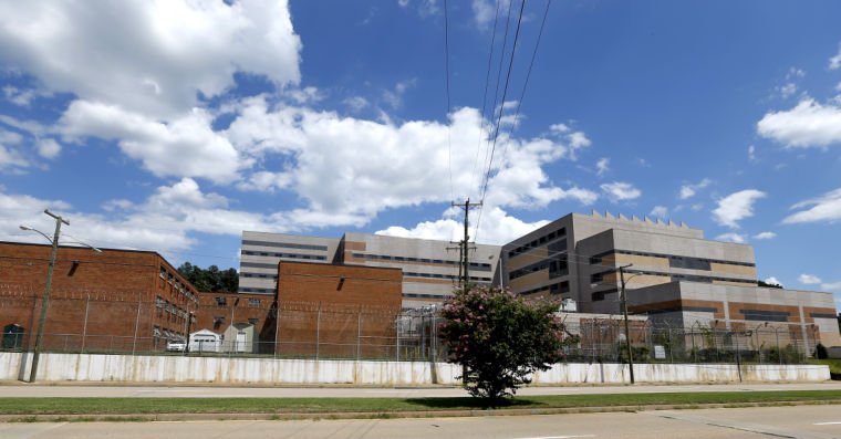 New Richmond jail opens with cells to spare