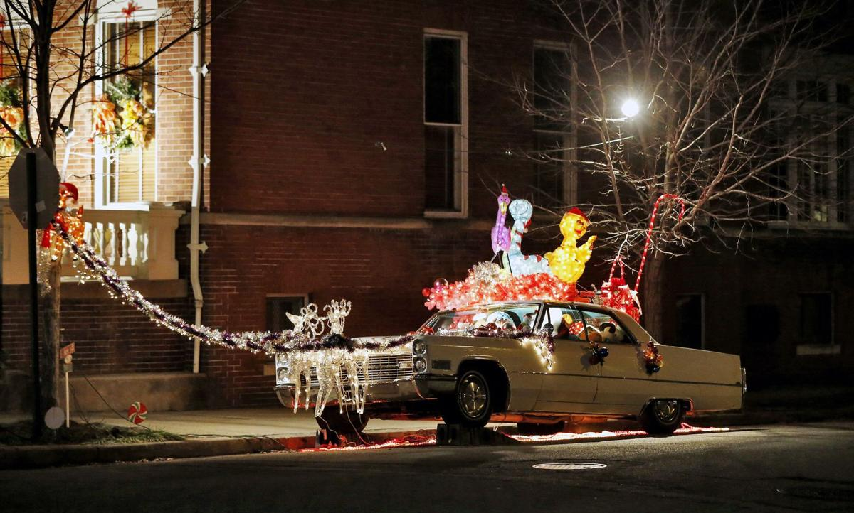 Christmas Cadillac,\' vintage auto on Monument Ave., not lighting up ...