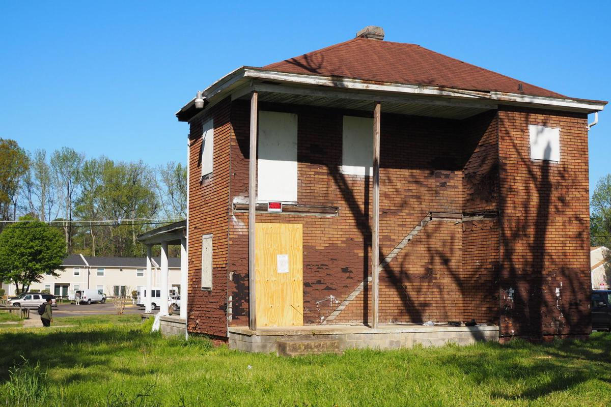 3807 Delmont Street