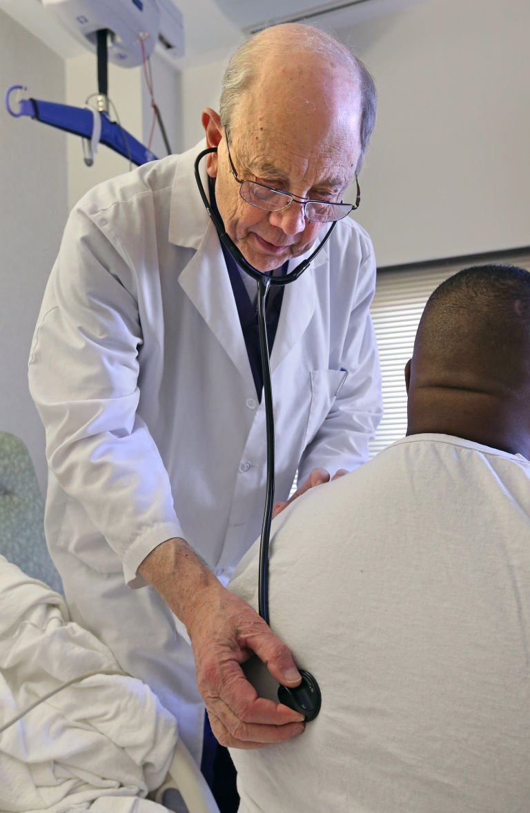 Pioneering Heart Surgeon Dedicated To Care Of Veterans Richmond Local News Richmond Com