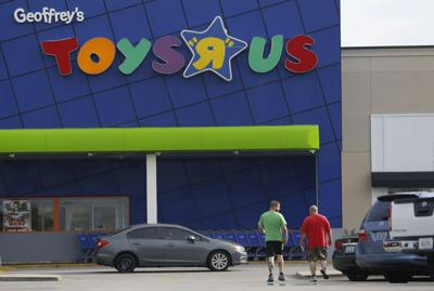 Toys 'R' Us, back from the dead, will open U.S. stores in 2019