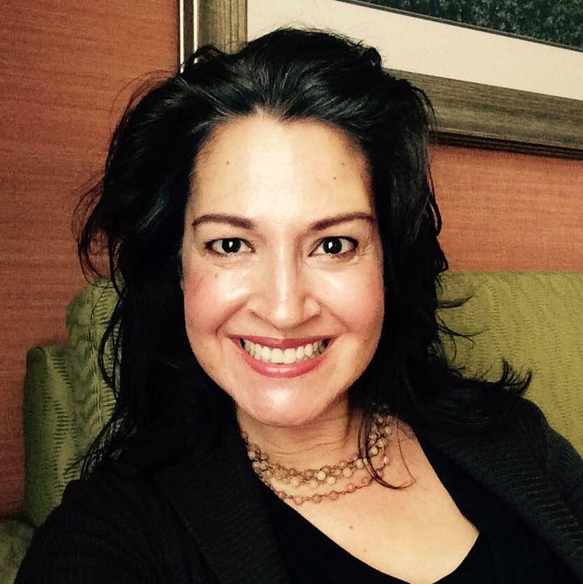 Myra Sawyers Headshot