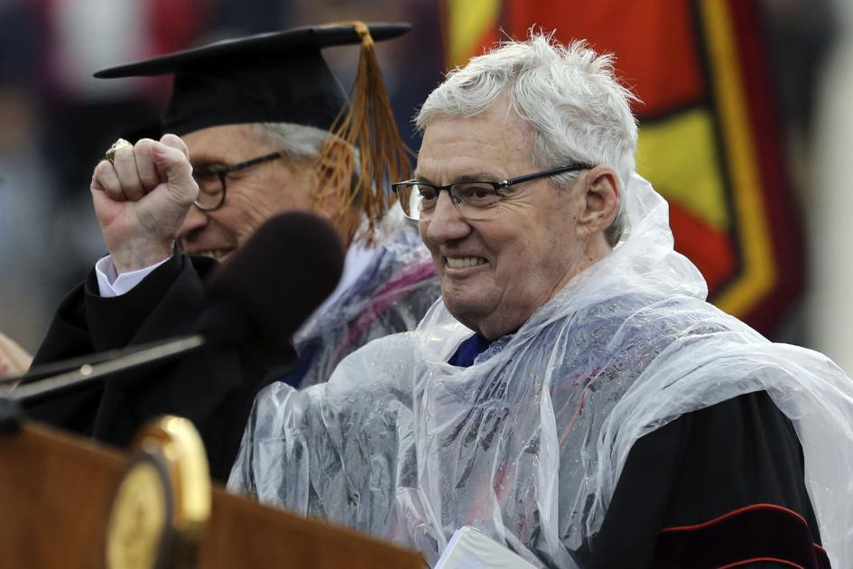 50 years after his graduation from Virginia Tech, Frank Beamer delivers commencement address
