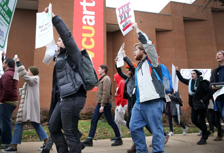 VCU adjunct arts professors, community protest low wages