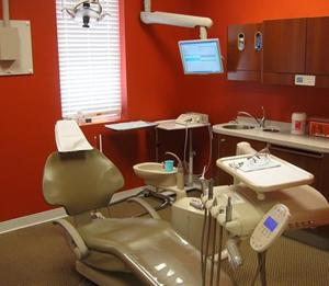 578704-01 Powhatan Gentle Dentistry Photo Office.jpg