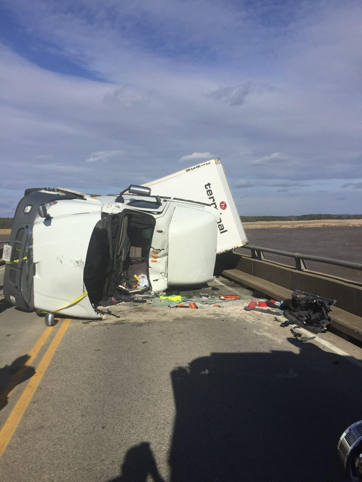 3 injured after wind gust blows tractor-trailer into path of
