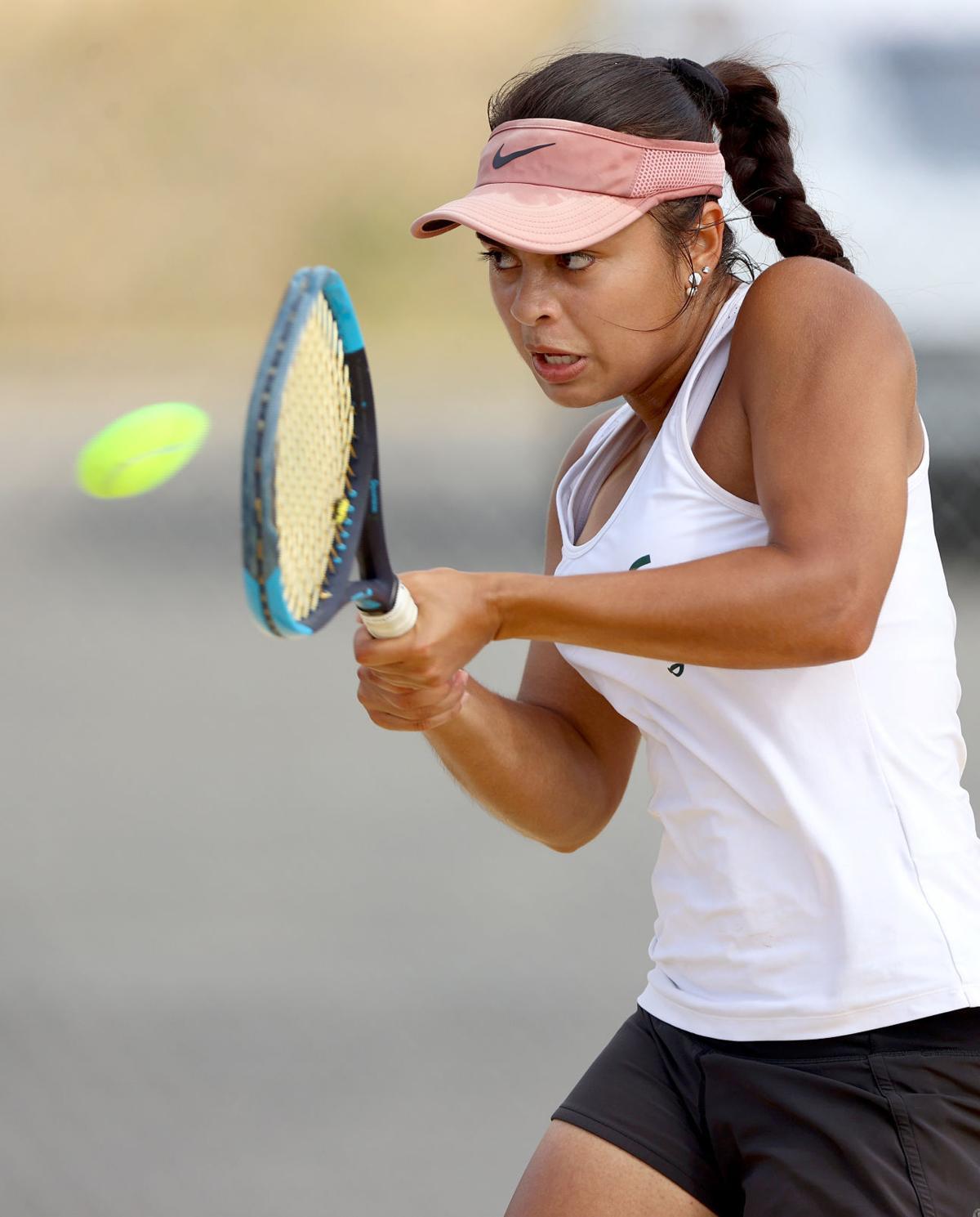 Class 5, Region B tennis