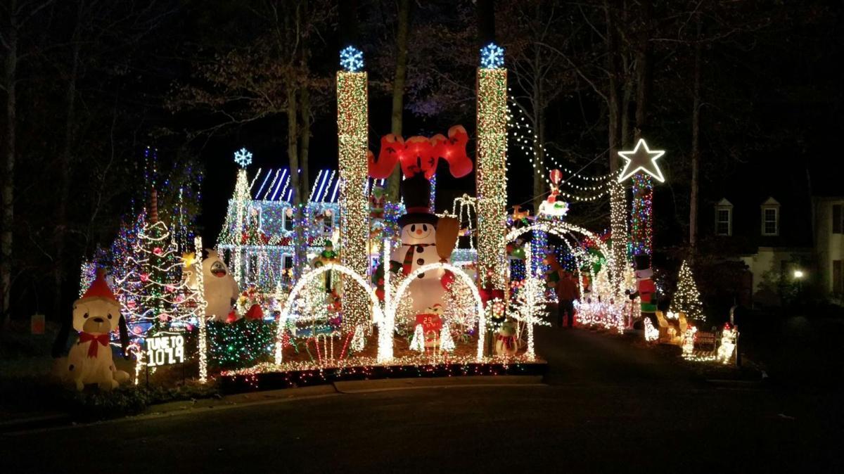 14309 long hill rd - Long Christmas Lights