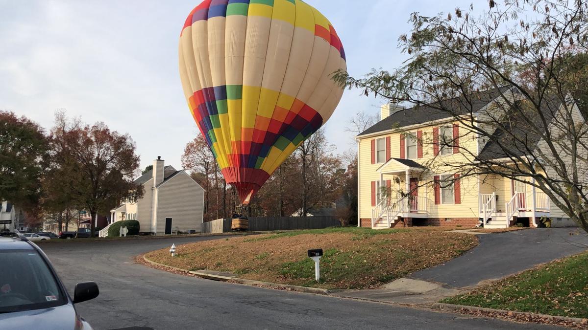 Hot air balloon lands in Glen Allen neighborhood Sunday morning