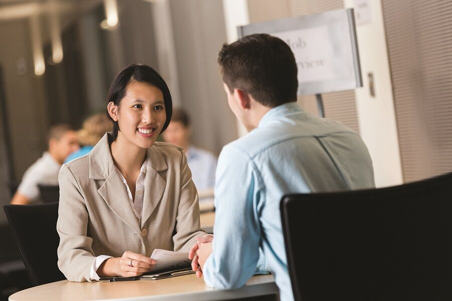 5 ways to be a better listener (and improve your job search)