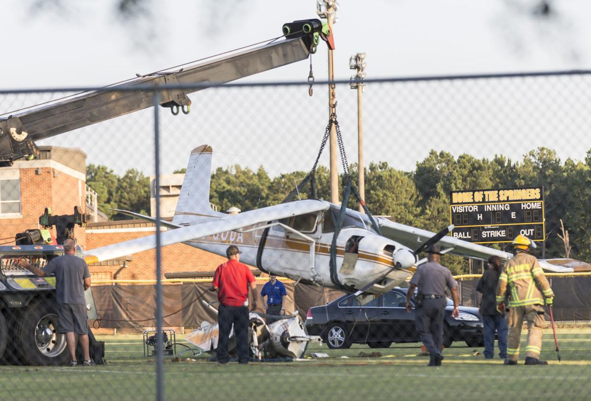 Plane was cleared for landing at RIC when engine failed and pilot