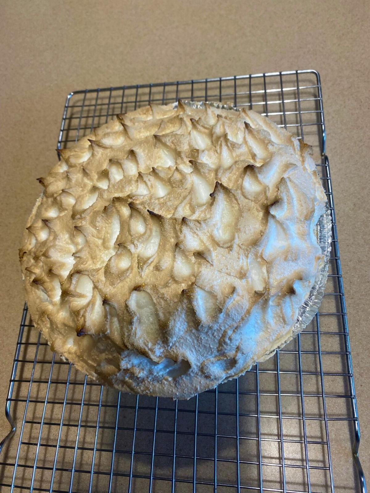 Lemon meringue pie 1