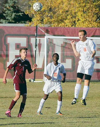Boys soccer: Tigers' season ends with hard-fought loss