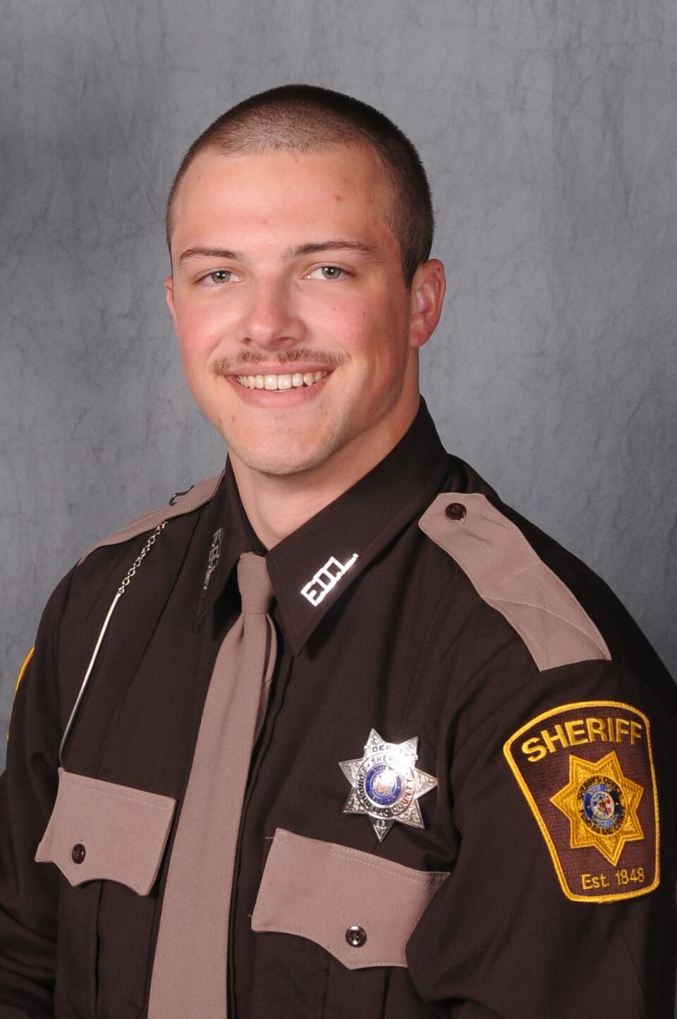 Off-duty Fond du Lac County Sheriff's Deputy saved a life, while assisting law enforcement in Fox River Mall shooting